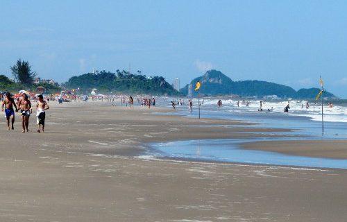 Praia_Brejatuba_Guaratuba-500x563